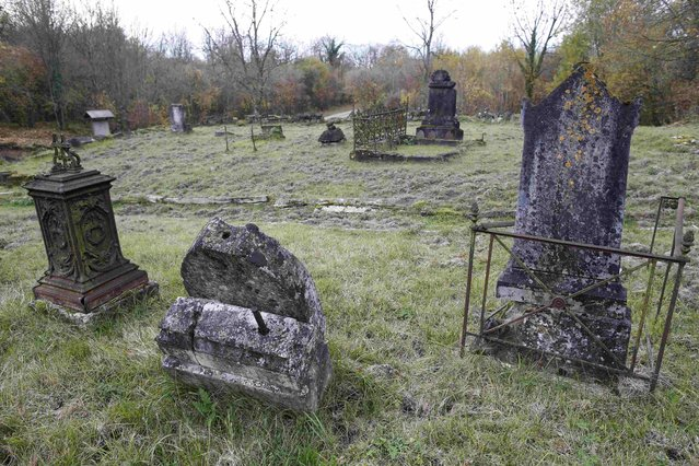 General view of cemetery ruins at Mesnil les Hurlus, a former village of 97 people now included in the Camp de Suippes, near Reims, France, November 3, 2015. Badly damaged headstones from the pre-war cemetery stand nearby the church. (Photo by Charles Platiau/Reuters)