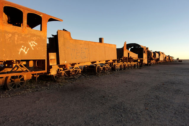 Locomotives and wagons of Bolivian Railways Company from 1870-1900 are seen at the train cemetery in Uyuni, Potosi, Bolivia on May 16, 2018. (Photo by David Mercado/Reuters)
