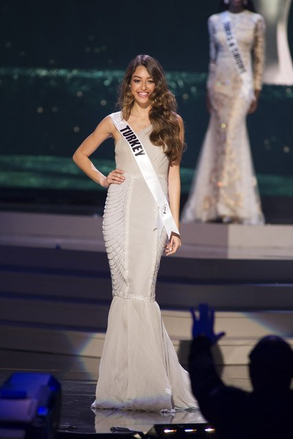 Dilan Cicek Deniz, Miss Turkey 2014 competes on stage in her evening gown during the Miss Universe Preliminary Show in Miami, Florida in this January 21, 2015 handout photo. (Photo by Reuters/Miss Universe Organization)