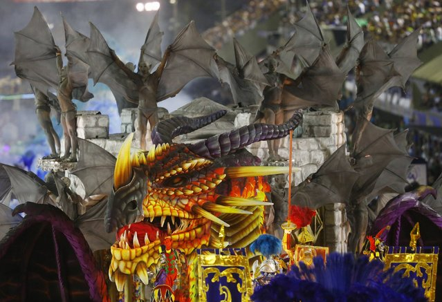 Revelers from the Unidos da Tijuca samba school participate in the annual carnival parade in Rio de Janeiro's Sambadrome February 17, 2015. (Photo by Ricardo Moraes/Reuters)