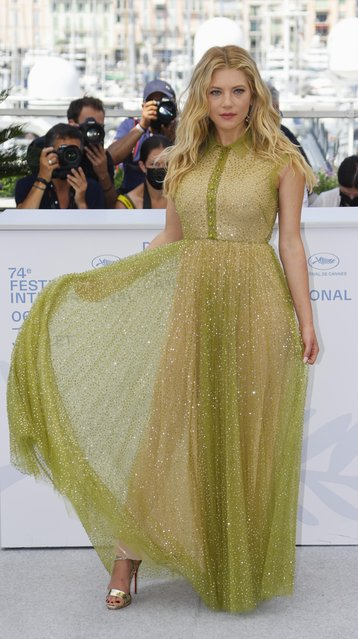 """Canadian actress Katheryn Winnick poses during a photocall for the film """"Flag Day"""" at the 74th edition of the Cannes Film Festival in Cannes, southern France, on July 11, 2021. (Photo by Eric Gaillard/Reuters)"""