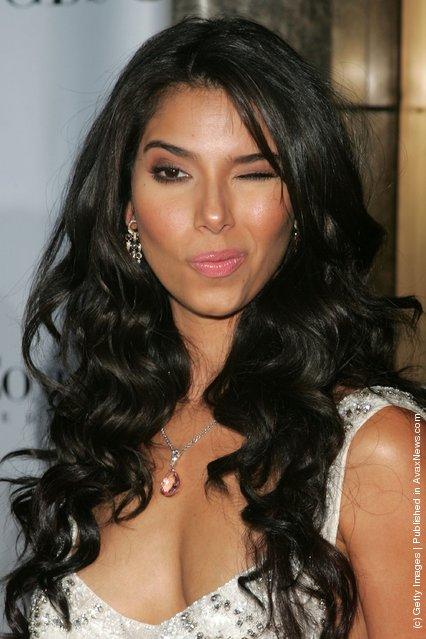 Winking Actress Roselyn Sanchez