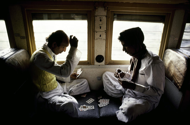 Luchnow, India (Dacca to Peshawar), 1983. (Photo by Steve McCurry)