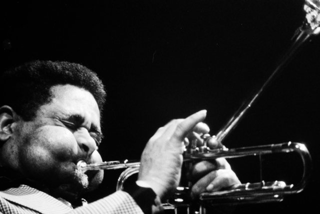 Jazz trumpeter Dizzy Gillespie is seen performing in New York, January 4, 1972. (Photo by John Lent/AP Photo)