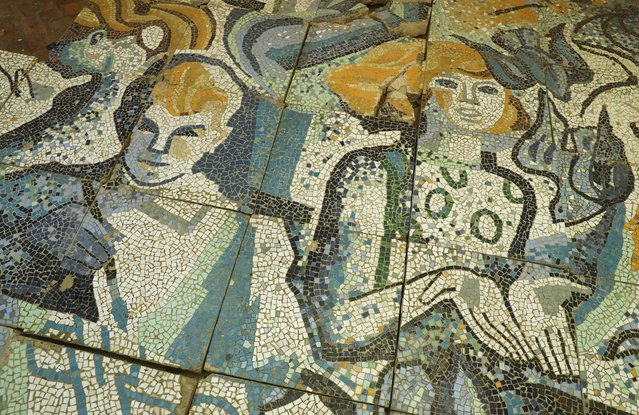 A mosaic shows a young man and woman in the officers' building at the former Soviet military base on January 26, 2017 in Wuensdorf, Germany. (Photo by Sean Gallup/Getty Images)