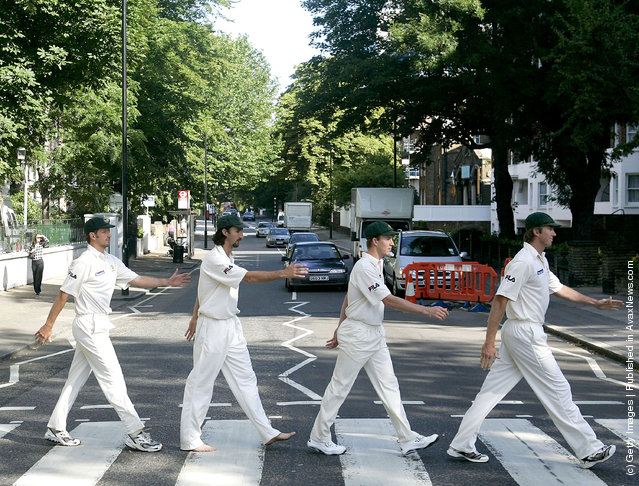 Michael Kasrpowicz, Jason Gillespie, Brett Lee and Glenn McGrath of Australia re-enact the famous Beatles album cover at Abbey Road