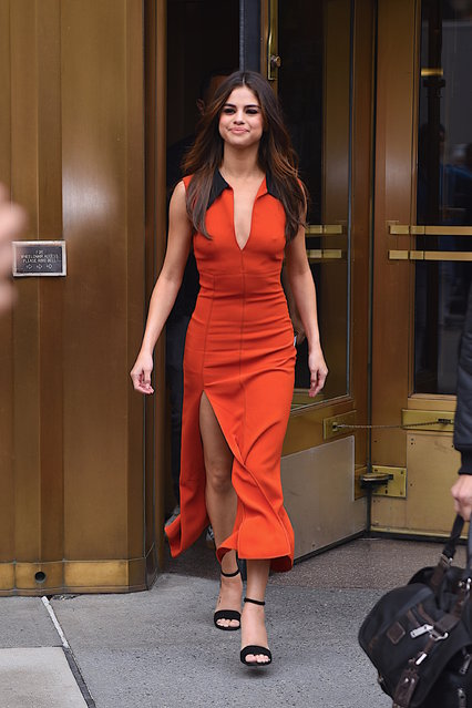 Selena Gomez seen out Manhattan on  June 5, 2017 in New York City. (Photo by Robert Kamau/GC Images)