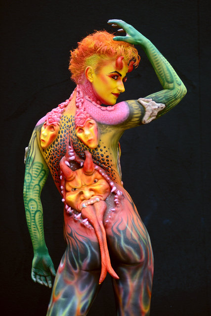 A model poses with her bodypainting designed by bodypainting artist Alexandra Rijke from Netherlands, in the 2016 World Bodypainting Festival, 2016 in Poertschach am Woerthersee, Austria. (Photo by Didier Messens/Getty Images)