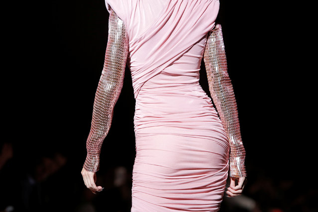 Model Gigi Hadid presents a creation from the Tom Ford Spring/Summer 2018 collection at New York Fashion Week in Manhattan, New York, U.S., September 6, 2017. (Photo by Andrew Kelly/Reuters)