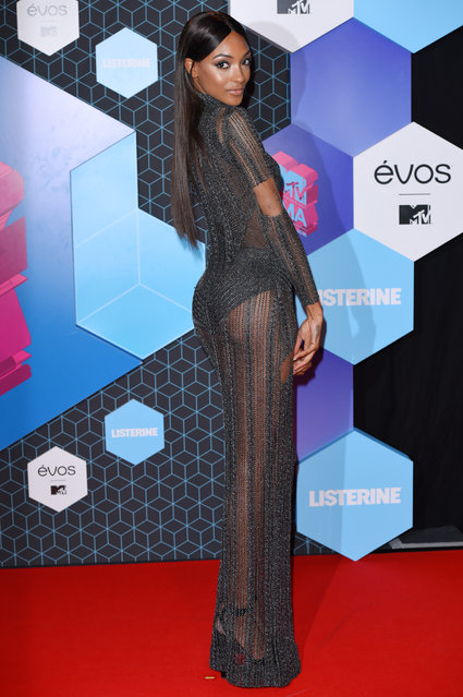 Jourdan Dunn poses for photographers upon arrival at the MTV European Music Awards 2016 in Rotterdam, Netherlands, Sunday, November 6, 2016. (Photo by David Fisher/Rex Features/Shutterstock)
