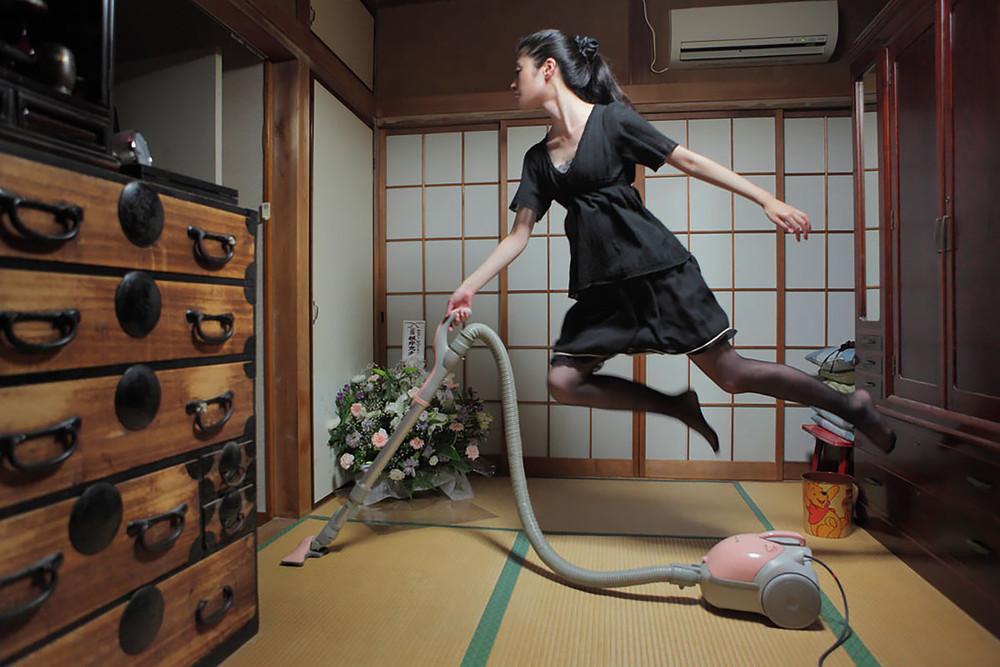 Levitating Girl' Natsumi Hayashi