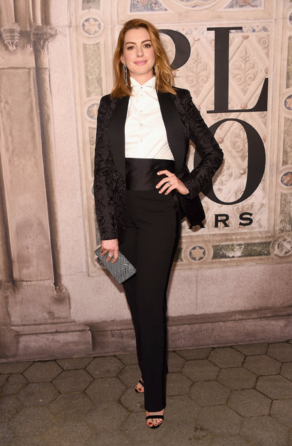 Anne Hathaway attends the Ralph Lauren 50th Anniversary event during New York Fashion Week at Bethesda Terrace on September 7, 2018 in New York City. (Photo by Gary Gershoff/WireImage)