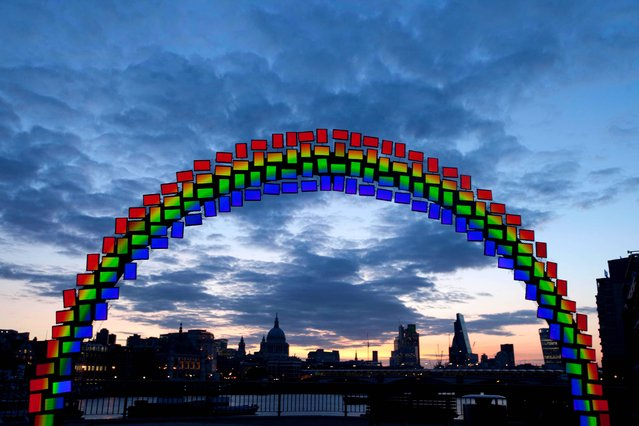 Samsung transforms the London skyline with 26 feet by 14 feet Super AMOLED (active-matrix organic light-emitting diodes) Midnight Rainbow made out of 150 Tab Ss on London's Southbank, on August 20, 2014. (Photo by David Parry/PA Wire)