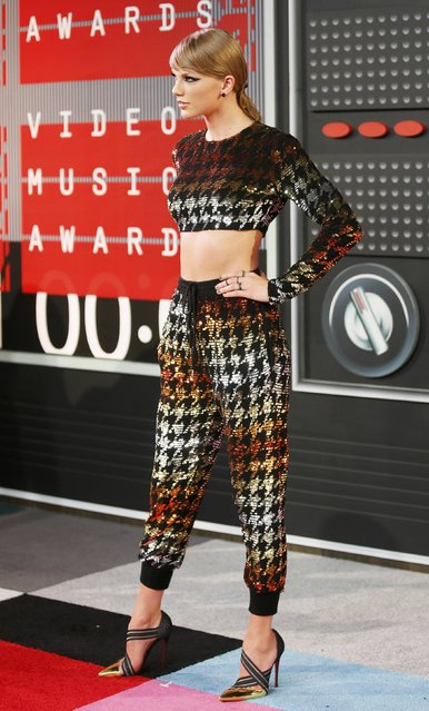 Recording artist Taylor Swift arrives at the 2015 MTV Video Music Awards in Los Angeles, California, August 30, 2015. (Photo by Danny Moloshok/Reuters)