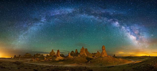 Pinnacles in Trona, California. (Photo by Wayne Pinkston/Caters News)