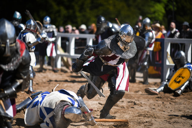 Competitors take part in the International Medieval Combat Federation World Championships at Scone Palace on May 10, 2018 in Perth, Scotland. (Photo by Jeff J. Mitchell/Getty Images)