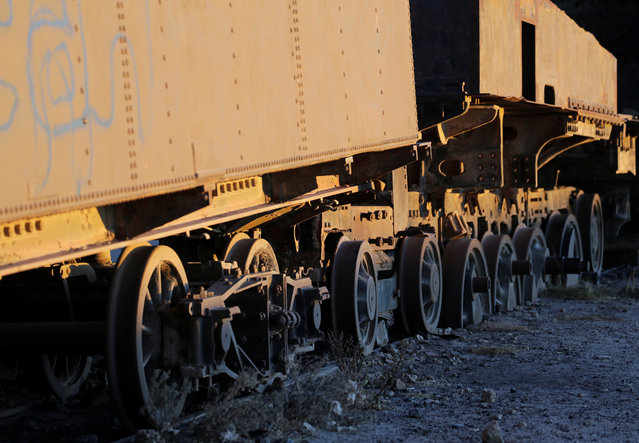 Parts of locomotives and wagons of Bolivian Railways Company from 1870-1900 are seen at the train cemetery in Uyuni, Potosi, Bolivia on May 16, 2018. (Photo by David Mercado/Reuters)