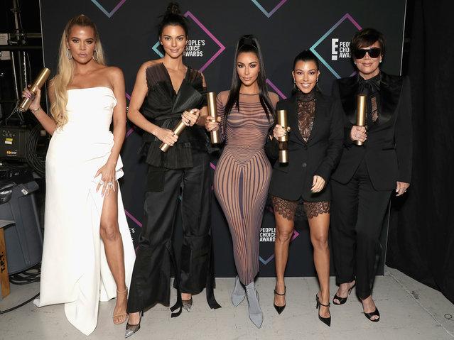 Khloe Kardashian, Kendall Jenner, Kim Kardashian, Kourtney Kardashian and Kris Jenner backstage during the 2018 E! People's Choice Awards held at the Barker Hangar on November 11, 2018. (Photo by Todd Williamson/E! Entertainment)