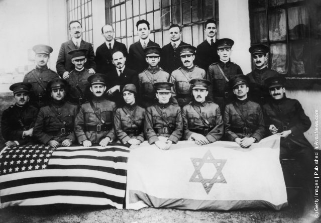 The medical and administrative staff of the American Zionist Medical Unit in New York, circa 1918