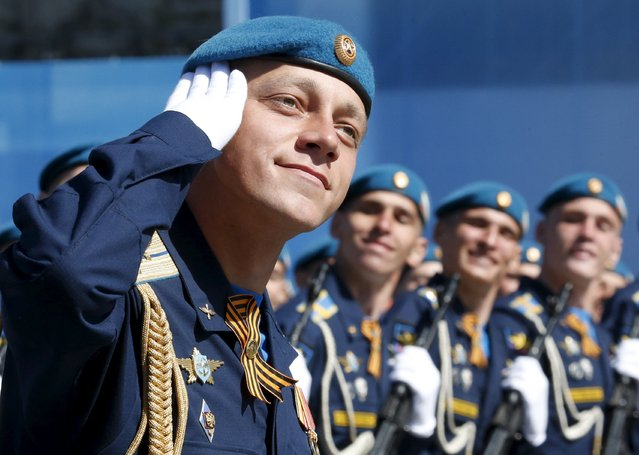 Russian servicemen march during a rehearsal for the Victory Day parade in Red Square in central Moscow, Russia, May 7, 2015. (Photo by Grigory Dukor/Reuters)