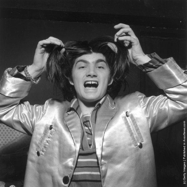 Pop singer, pirate radio station operator and would-be member of parliament, Screaming Lord Sutch (David Sutch) dancing at the Black Cat Club in Woolwich