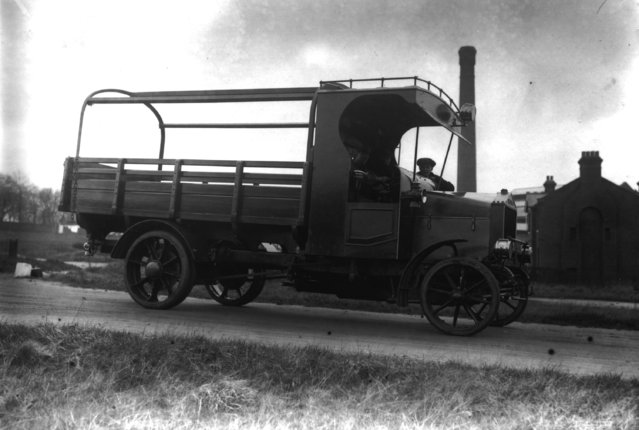 An early example of a commercial lorry. 9th January 1913.