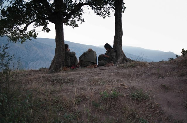 Iraqi Kurdistan. PKK fighters on top of Qandil mountains. In the last months the struggle between Turkish government and PKK intensified, provoking hundreds of victims among the Kurdish and Turkish soldiers. (Photo by Linda Dorigo)
