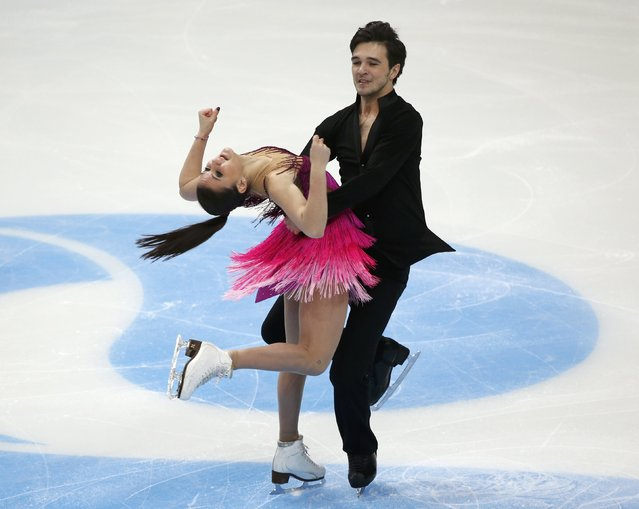 Figure Skating, ISU Grand Prix Rostelecom Cup 2016/2017, Ice Dance Free Dance in Moscow, Russia on November 5, 2016. Sofia Evdokimova and Egor Bazin of Russia compete. (Photo by Grigory Dukor/Reuters)