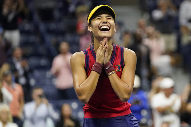 Emma Raducanu, of Great Britain, reacts after defeating Maria Sakkari, of Greece, during the semifinals of the US Open tennis championships, Thursday, September 9, 2021, in New York. (Photo by Frank Franklin II/AP Photo)