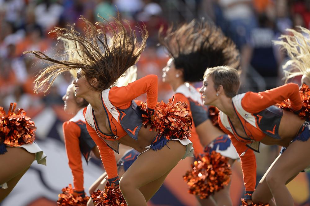 NFL Cheerleaders Take the Field