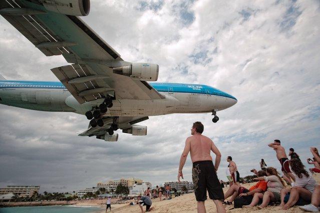KLM 747 Landing in St. Maarten. (Photo by Aurimas)