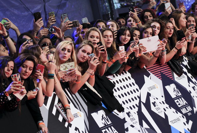 Fans wait on the red carpet during the MTV EMA awards at the Assago forum in Milan, Italy, Sunday, October 25, 2015. (Photo by Alessandro Garofalo/Reuters)