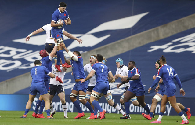 France's Dylan Cretin catches a lineout during the Autumn Nations Cup rugby union international match between Scotland and France at Murrayfield stadium in Edinburgh, Scotland, Sunday, November 22, 2020. (Photo by Scott Heppell/AP Photo)
