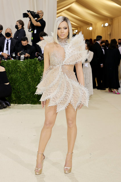 American actress Hailee Steinfeld attends The 2021 Met Gala Celebrating In America: A Lexicon Of Fashion at Metropolitan Museum of Art on September 13, 2021 in New York City. (Photo by Mike Coppola/Getty Images)