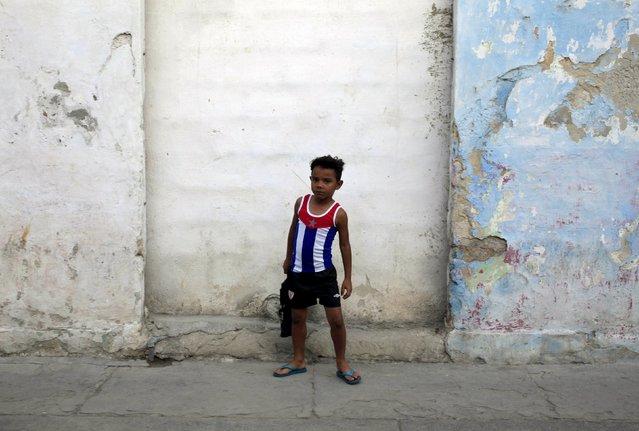 A child wears a shirt with a Cuban flag design, in Havana March 8, 2016. (Photo by Enrique de la Osa/Reuters)