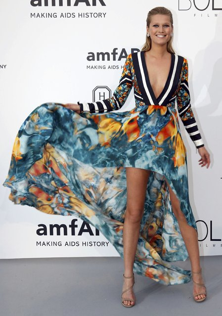 Model Toni Garrn poses during a photocall as she arrives to attend the amfAR's Cinema Against AIDS 2015 event during the 68th Cannes Film Festival in Antibes, near Cannes, southern France, May 21, 2015. (Photo by Regis Duvignau/Reuters)