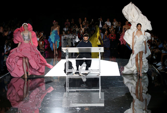 Models present creations by designer Daniel Roseberry as part of his Haute Couture Fall/Winter 2019/20 collection show for fashion house Schiaparelli in Paris, France, July 1, 2019. (Photo by Regis Duvignau/Reuters)