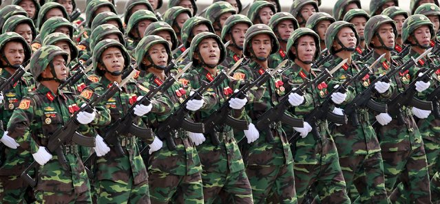 Vietnamese special forces soldiers march during a parade marking their 70th National Day at Ba Dinh square in Hanoi, Vietnam September 2, 2015. (Photo by Reuters/Kham)