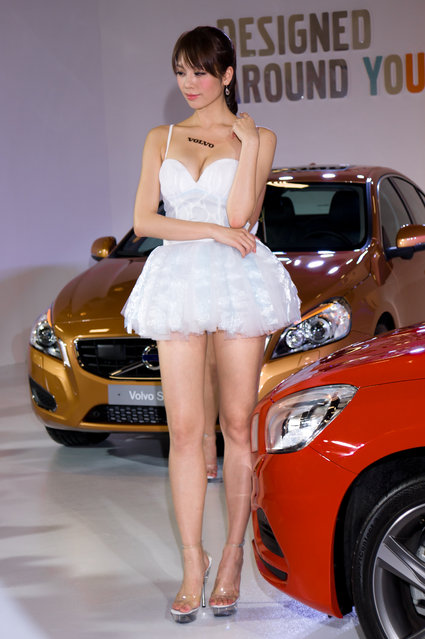 Asian Beauty: Hot Promotional Models in Taipei, Taiwan. Taipei Int'l Auto Show 2012