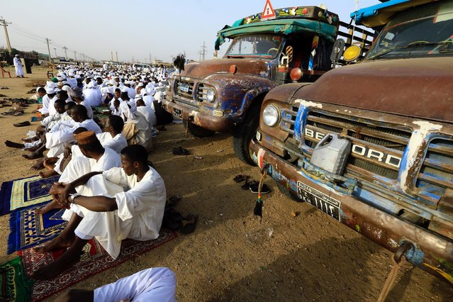 People gather to pray during Eid al-Adha festival in Khartoum, Sudan September 12, 2016. (Photo by Mohamed Nureldin Abdallah/Reuters)