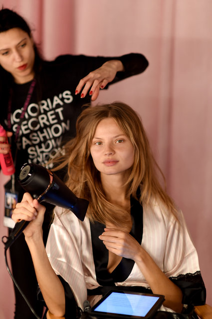 Victoria's Secret model Magdalena Frackowiak is seen backstage prior the 2014 Victoria's Secret Fashion Show on December 2, 2014 in London, England. (Photo by Dimitrios Kambouris/Getty Images for Victoria's Secret)