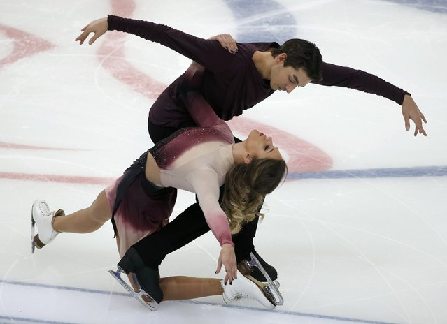 Figure Skating, ISU Grand Prix Rostelecom Cup 2016/2017, Ice Dance Free Dance in Moscow, Russia on November 5, 2016. Alisa Agafonova and Alper Ucar of Turkey compete. (Photo by Grigory Dukor/Reuters)