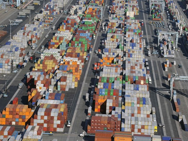 Shipping containers gather at the ports of Los Angeles and Long Beach, California in this aerial photo taken February 6, 2015. (Photo by Bob Riha, Jr./Reuters)