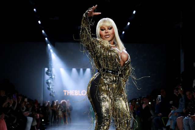 Lil' Kim performs as she presents a creation from The Blonds Autumn/Winter 2019 collection during New York Fashion Week in New York, U.S. February 12, 2019. (Photo by Andrew Kelly/Reuters)