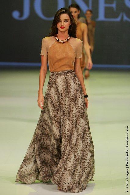 Miranda Kerr showcases designs by Kirrily Johnston on the catwalk at the David Jones Spring/Summer 2011