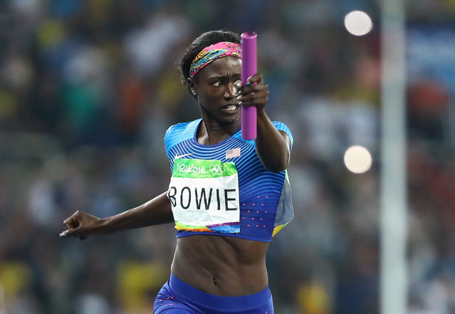 2016 Rio Olympics, Athletics, Final, Women's 4 x 100m Relay Final, Olympic Stadium, Rio de Janeiro, Brazil on August 19, 2016. Tori Bowie (USA) of USA runs to win the U.S. team the gold. (Photo by Lucy Nicholson/Reuters)