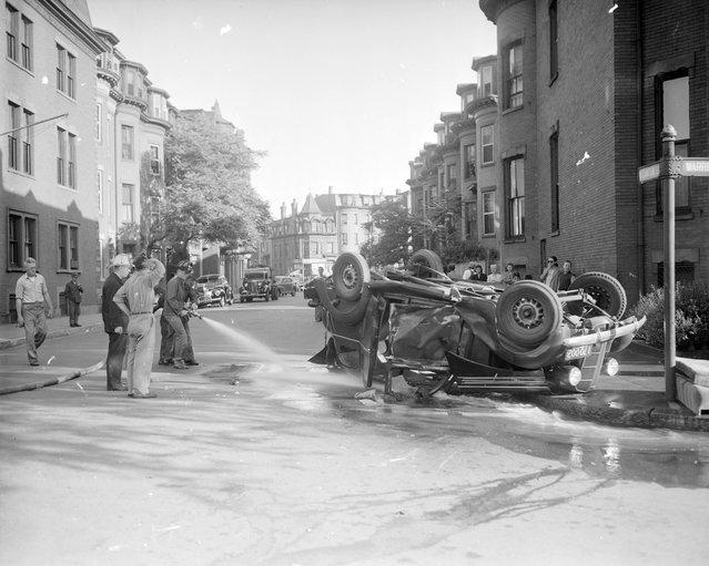 Auto accident, 1940s. (Photo by Leslie Jones)