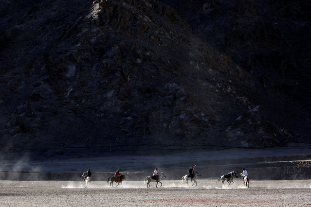 People play polo in Leh, the largest town in the region of Ladakh, nestled high in the Indian Himalayas, India September 24, 2016. (Photo by Cathal McNaughton/Reuters)