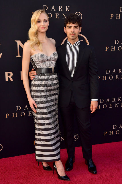 """Sophie Turner and Joe Jonas attend the premiere of 20th Century Fox's """"Dark Phoenix"""" at TCL Chinese Theatre on June 04, 2019 in Hollywood, California. (Photo by Matt Winkelmeyer/Getty Images)"""