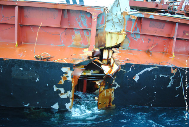 Oil Pumping From Rena Continues
